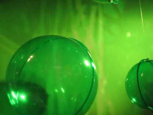 62006greenplasticballs.jpg