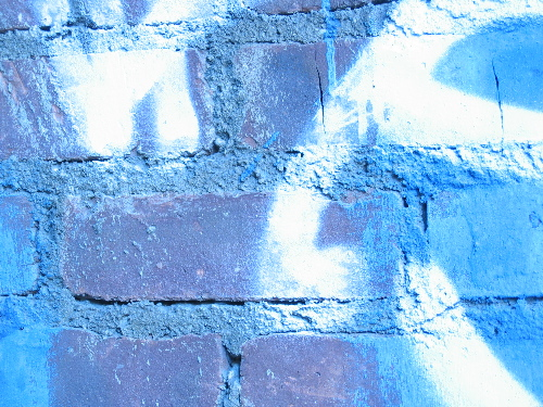 bluewhitebricks.jpg