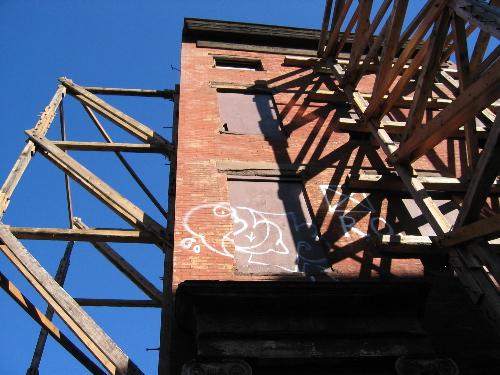 scaffoldhouse.jpg